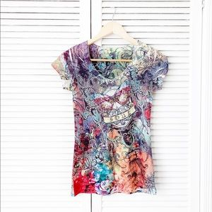 Hot Tees V-Neck Butterfly Print Tee NWOT